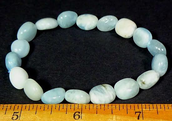 bracelet made with Aquamarine gemstone beads