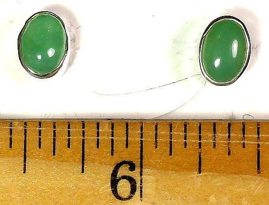 Aventurine Earrings mounted in a Sterling Silver setting